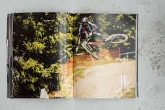 Hurly-Burly-Downhill-Mountain-Bike-Book-2016-088_1